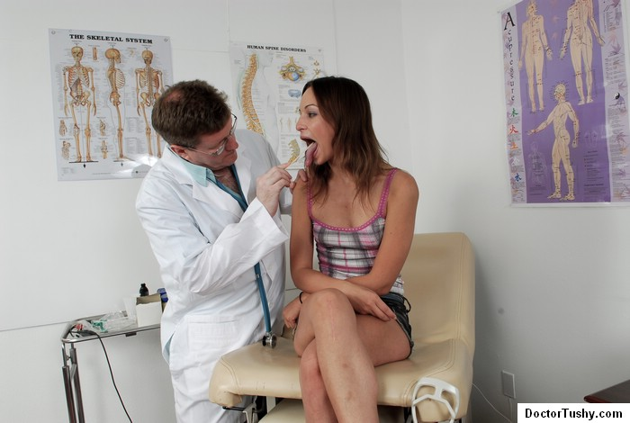Exam of the girl on the gynecological chair dirty doct 10